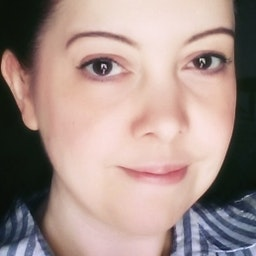 Suzy Hazelwood