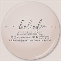 ウェディングカード カード 招待状の無料の写真素材