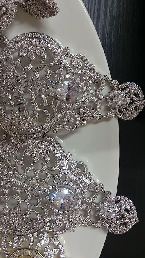 Set Of Jewelries
