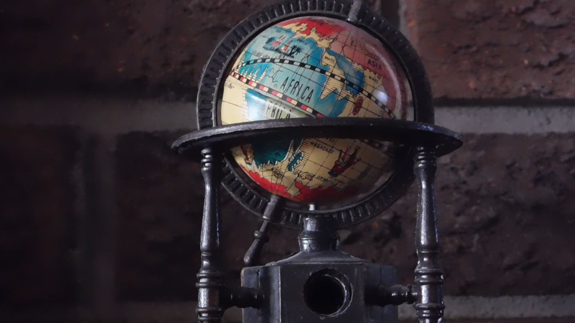 A Miniature Globe-Pencil Sharpener