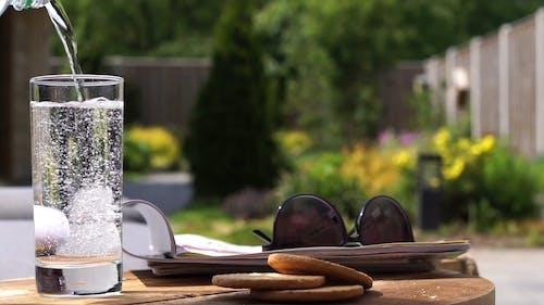 Soda Drink Und Lesematerial