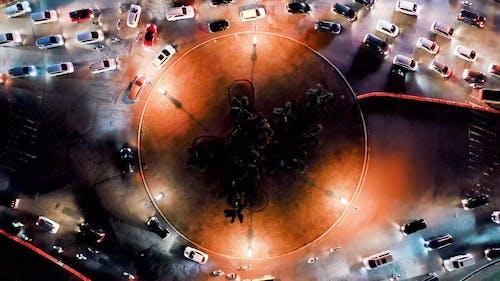 Pojazdy Na Rondzie G W Nocy