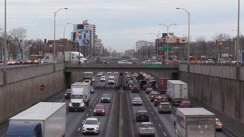 Straßensysteme In Montreal Kanada Für Das Verkehrsmanagement Von Kraftfahrzeugen