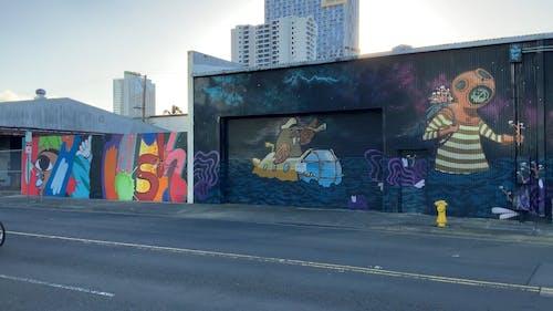 Lukisan Seni Jalanan Di Dinding Dan Jendela Bangunan