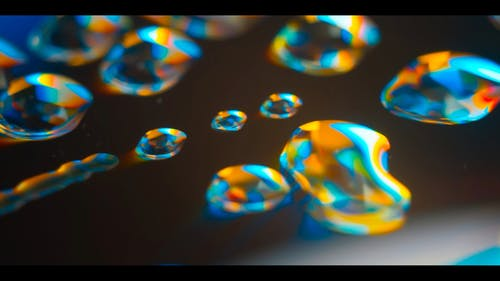 Light Effects On Droplets Of Water