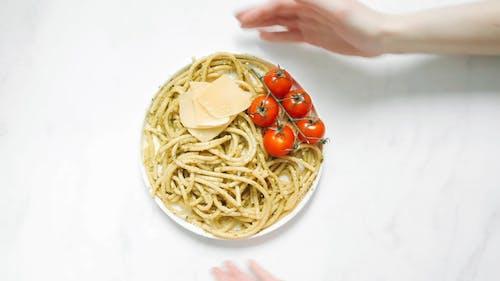 Cherry Tomatoes, Cheese and Pasta