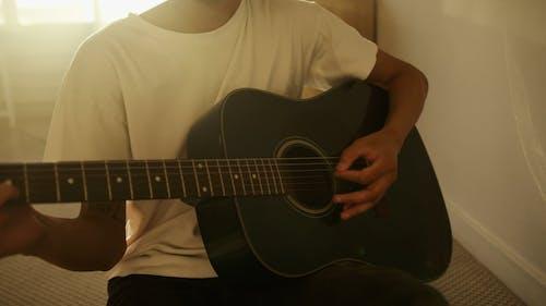 Video Of Man Playing Guitar