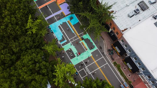 Time-Lapse Video of People Doing Street Art