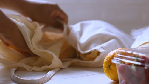 Using Reusable Cloth Bags In Buying Fruits
