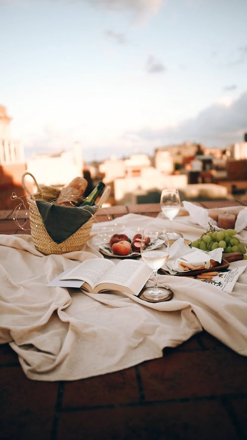 Picnic Set-up On The Roof