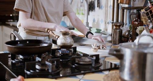 Preparing Breakfast