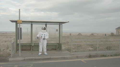 Per Anhalter Astronaut