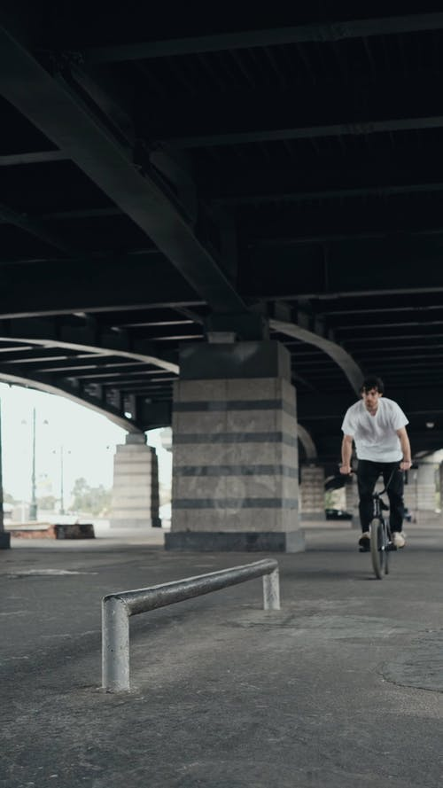 Man Doing a Bike Tricks on the Outdoors