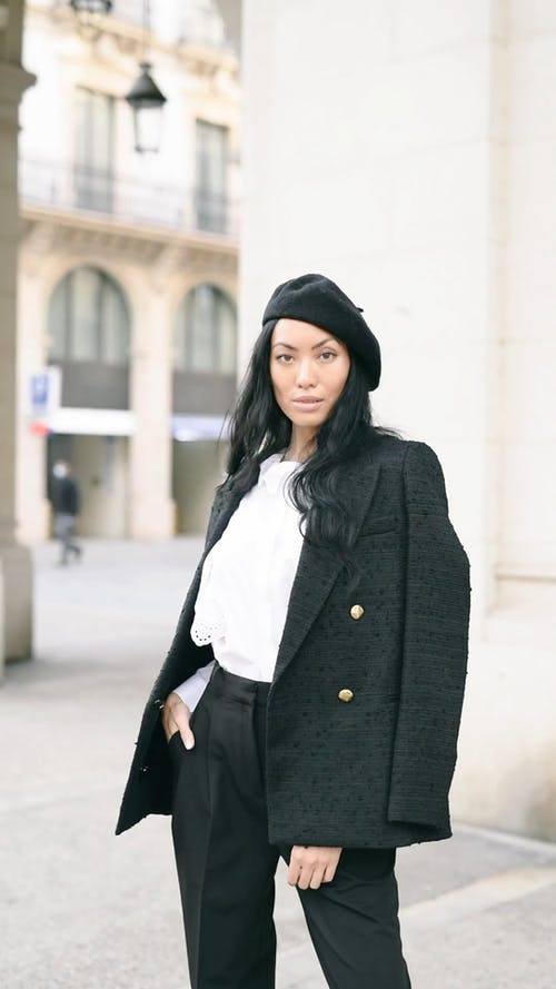 Model with Beret in the City