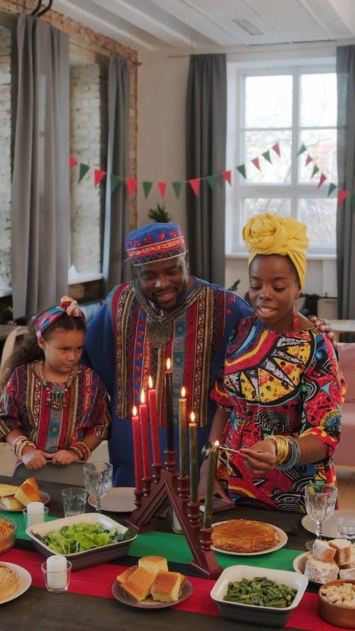 Video Of Family Celebrating Kwanzaa