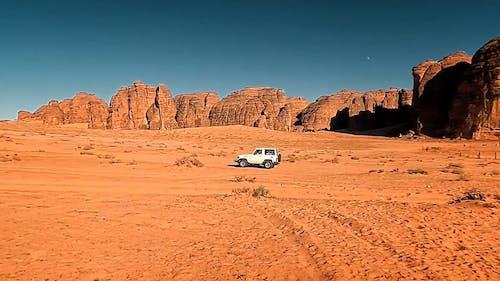 Moving Cars on a Desert