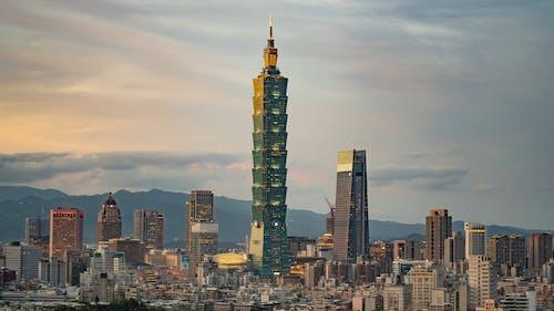 Day to Night Time Lapse of Taipei
