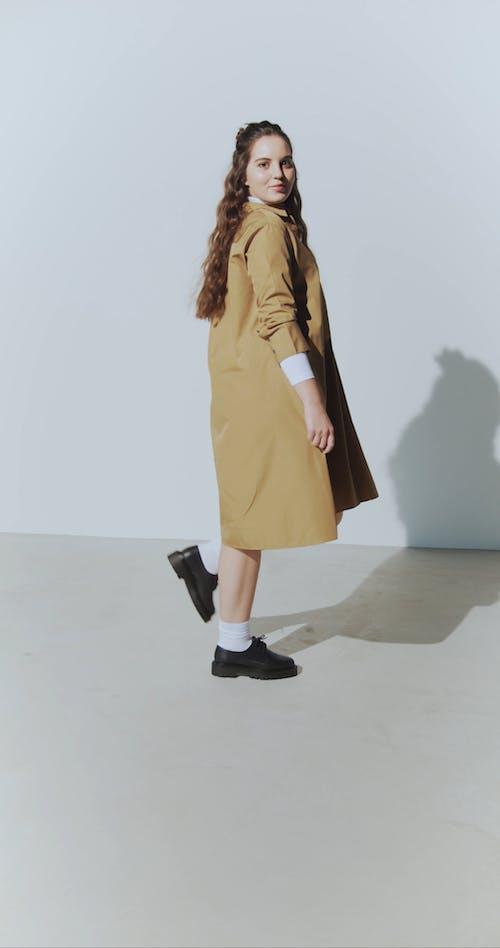 Woman doing Posing