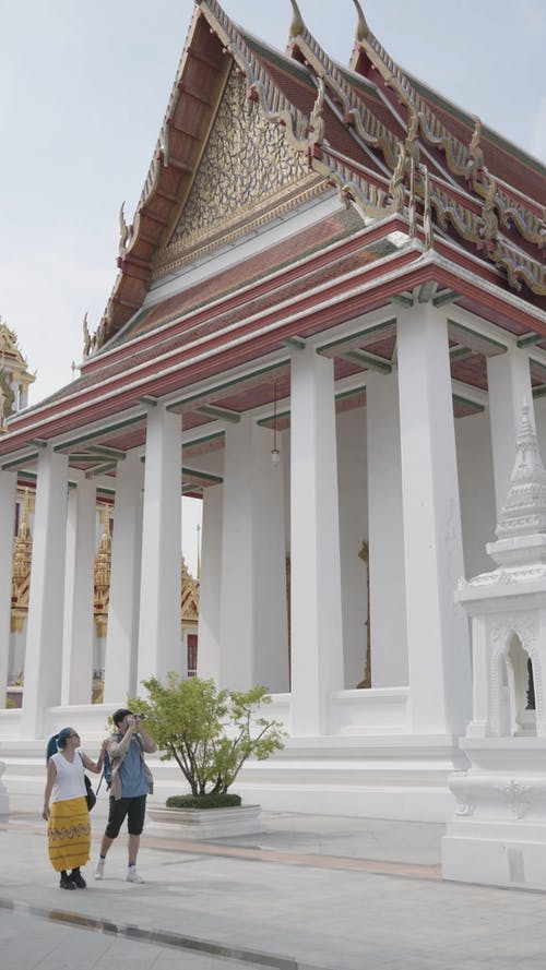 Couple Travel on the Temple