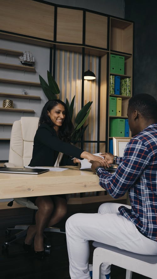 Business Woman In A Meeting With A Customer