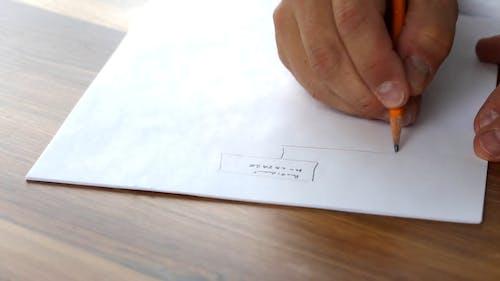 Disegnare Un Concetto Su Carta