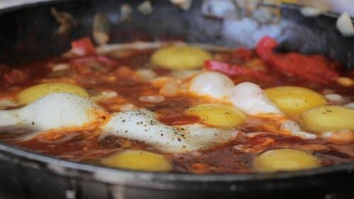 Close Up Video Of Boiling Shakshuka