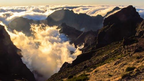Zeitraffervideo Von Wolken Während Des Sonnenuntergangs