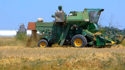 Time Lapse Video Of A Combine Harvester