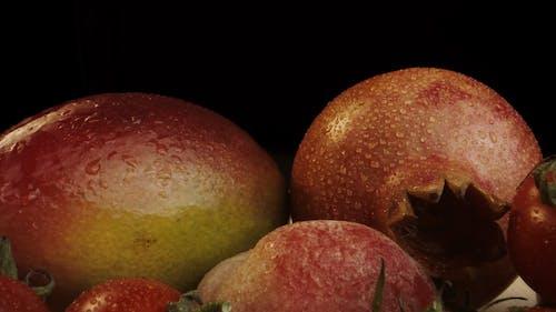 Wet Fresh Fruits